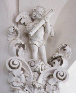 Engel mit Dulzian, Vor Frelsers Kirke, Kopenhagen, Dänemark.